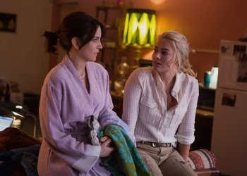 Left to right: Tina Fey plays Kim Baker and Margot Robbie plays Tanya Vanderpoel in Whiskey Tango Foxtrot from Paramount Pictures and Broadway Video/Little Stranger Productions in theatres March 4, 2016.