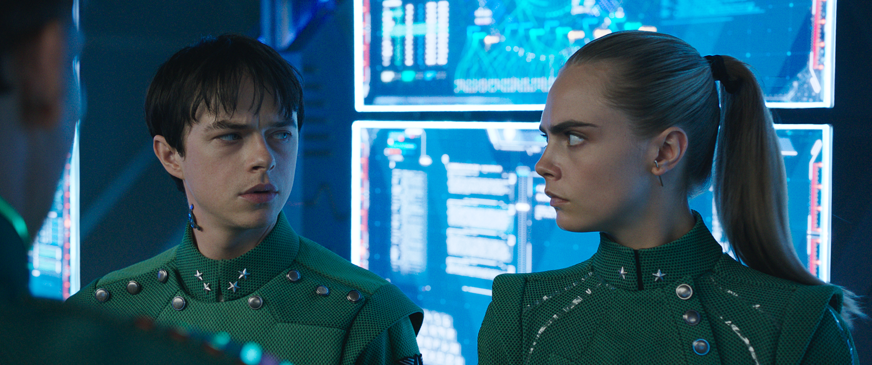 Dane DeHaan and Cara Delevingne star in VALERIAN AND THE CITY OF A THOUSAND PLANETS  Motion Picture Artwork © 2017 STX Financing, LLC. All Rights Reserved.