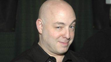 Brian Michael Bendis assina com a DC Comics