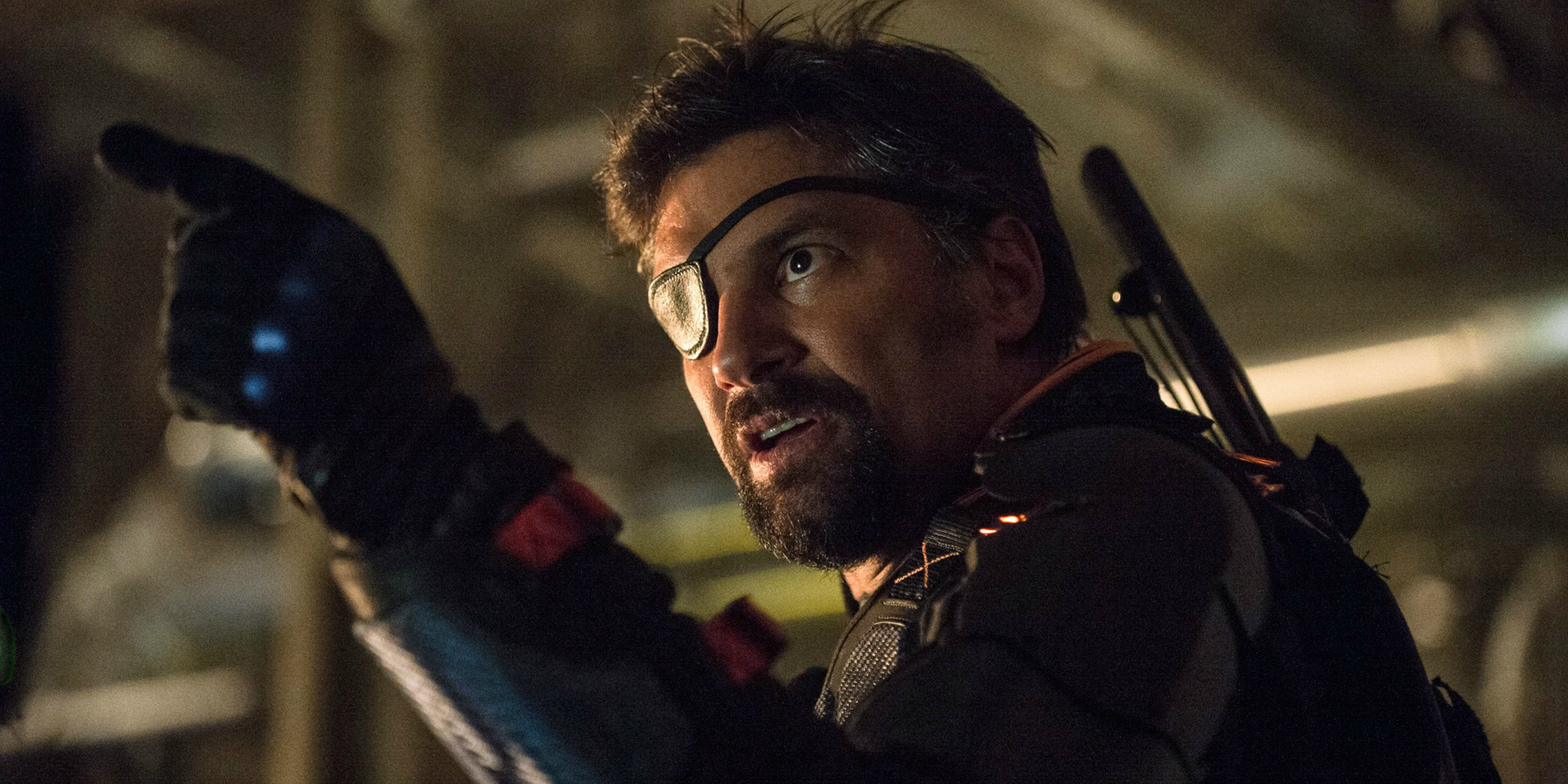 """Arrow -- """"Unthinkable"""" -- Image AR223b_ 0125b -- Pictured: Manu Bennett as Slade Wilson -- Photo: Cate Cameron/The CW -- © 2014 The CW Network, LLC. All Rights Reserved."""