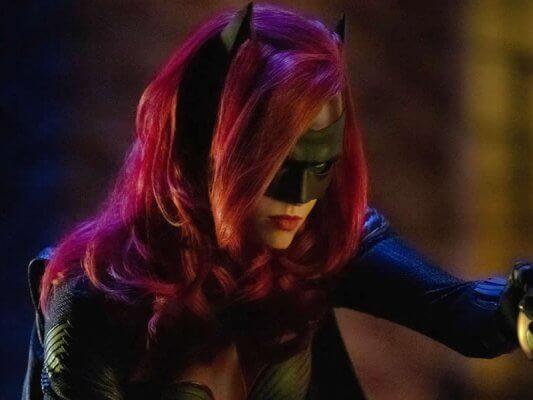 poltrona-Batwoman-Capa