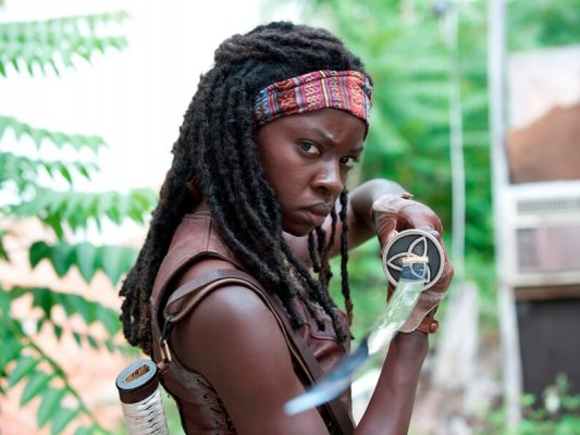 poltrona-danai-gurira-the-walking-dead