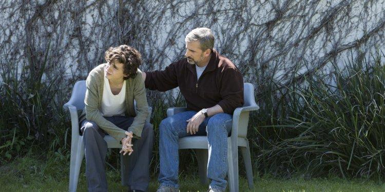 Timothée Chalamet as Nic Sheff and Steve Carell as David Scheff star in BEAUTIFUL BOY