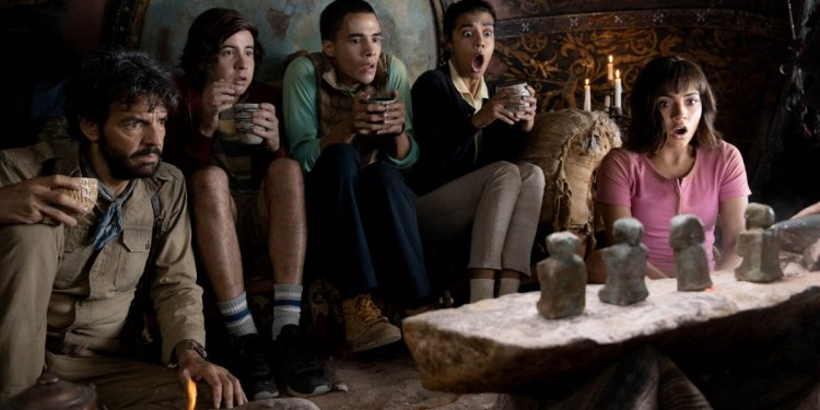 """L-R, Eugenio Derbez, Nicholas Coombe, Jeffrey Wahlberg, Madeleine Madden and Isabela Moner star in Paramount Pictures' """"DORA AND THE LOST CITY OF GOLD."""""""