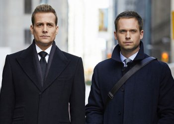 SUITS -- Episode 615 -- Pictured: (l-r) Gabriel Macht as Harvey Specter, Patrick J. Adams as Michael Ross -- (Photo by: Shane Mahood/USA Network)