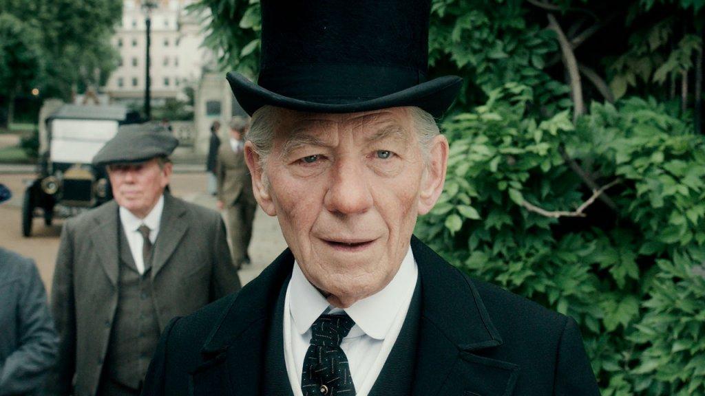 Sr. Sherlock Holmes com Ian McKellen