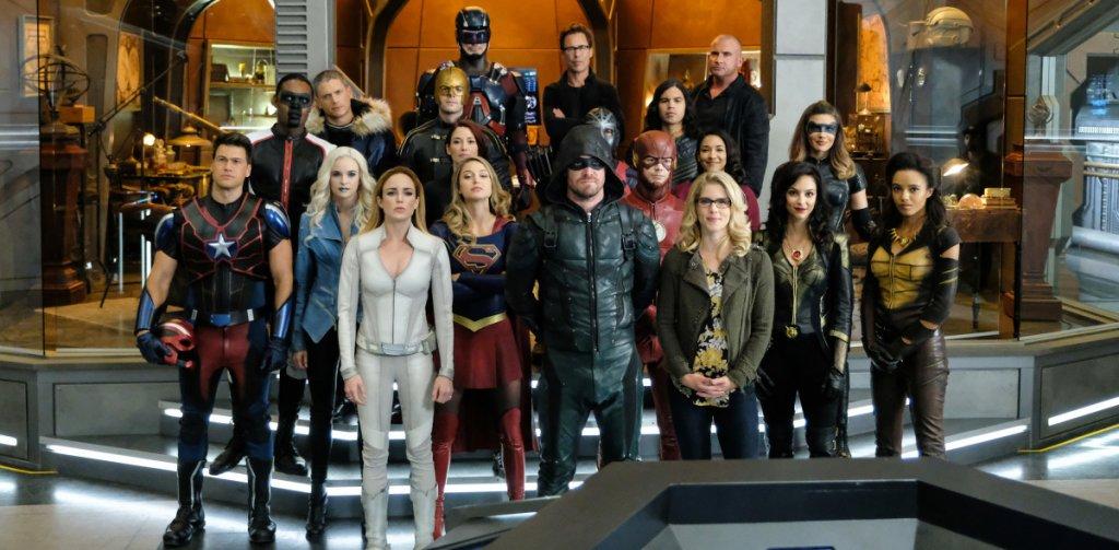 Personagens de Supergirl, Arrow, The Flash e Legends of Tomorrow,