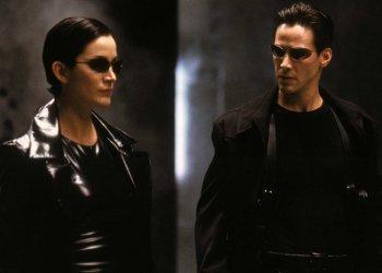 Matrix 4 ganha nova data