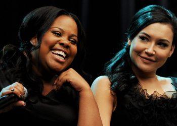 Amber Riley faz tributo emocionante a Naya Rivera