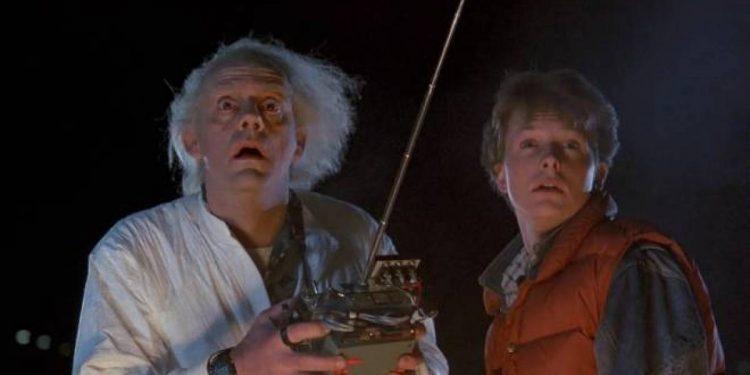 Filmes que fãs de Stranger Things precisam assistir: De Volta Para o Futuro (1985)