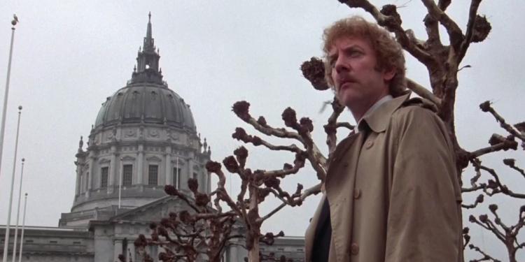 Invasores de Corpos (1978)