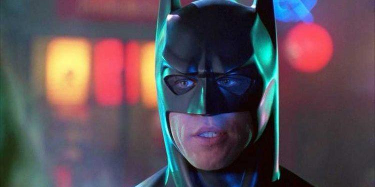 Val Kilmer é o Batman