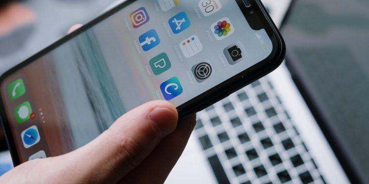 Downloads de Aplicativos para Celular Aumentaram