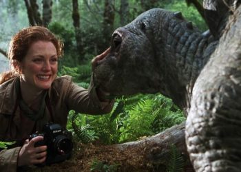 Julianne Moore em Jurassic Park e Jurassic World