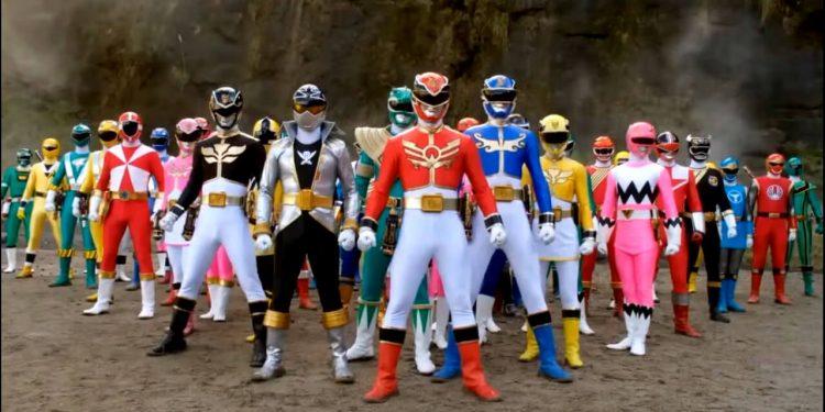 Novo filme dos Power Rangers será escrito pelo roteirista de Titãs