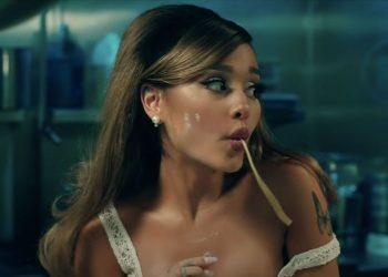 Ariana Grande lança Positions, seu novo álbum de estúdio