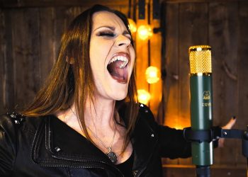"Floor Jansen, do Nightwish, lança incrível versão de ""Let it Go"""
