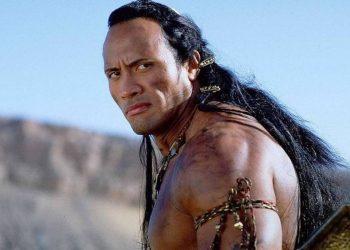 Dwayne Johnson vai produzir reboot de O Escorpião Rei
