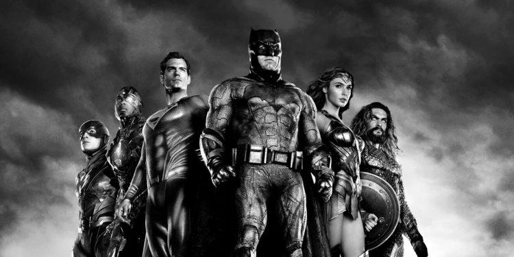 Liga da Justiça de Zack Snyder vai ganhar versão em preto e branco