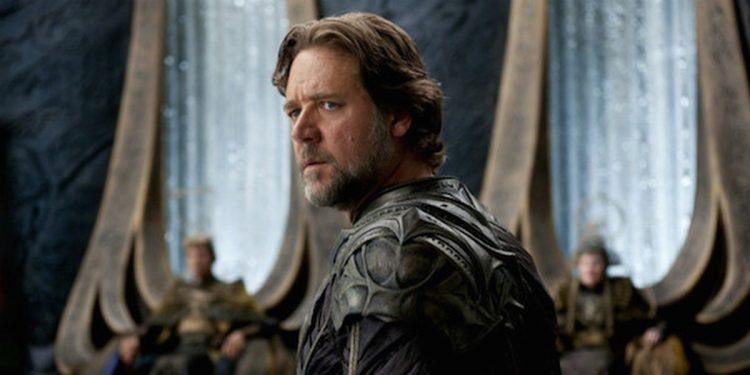 Russell Crowe confirma papel de Zeus em Thor: Love and Thunder