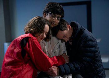 Atypical   Temporada final ganha imagens e data de estreia na Netflix