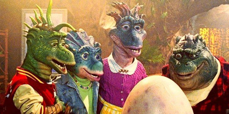 Família Dinossauros chega neste mês no catálogo do Disney+