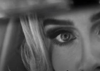 "Ela voltou! Adele lança teaser do single ""Easy on Me"""